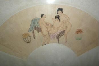 L'amour à trois, paire d'éventails érotiques, Chine XIXème siècle