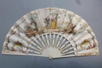 Suivre le chemin de l'amour, éventail de Lasellaz vers 1900