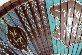 Lined mahogany , 19th century fan