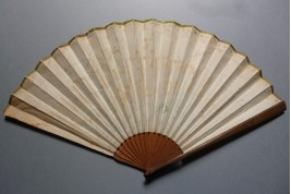Symbol of love, fan irca 1810