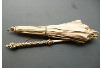 Précieuse ombrelle, travail Austro-hongrois vers 1870-80