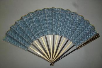 Fan dress, fan circa 1780-90