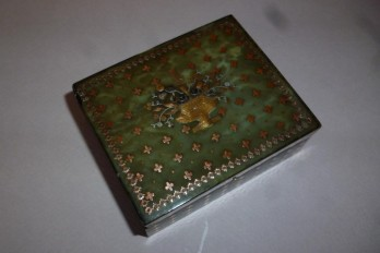 Green tortoiseshell, snuff box, 19th century