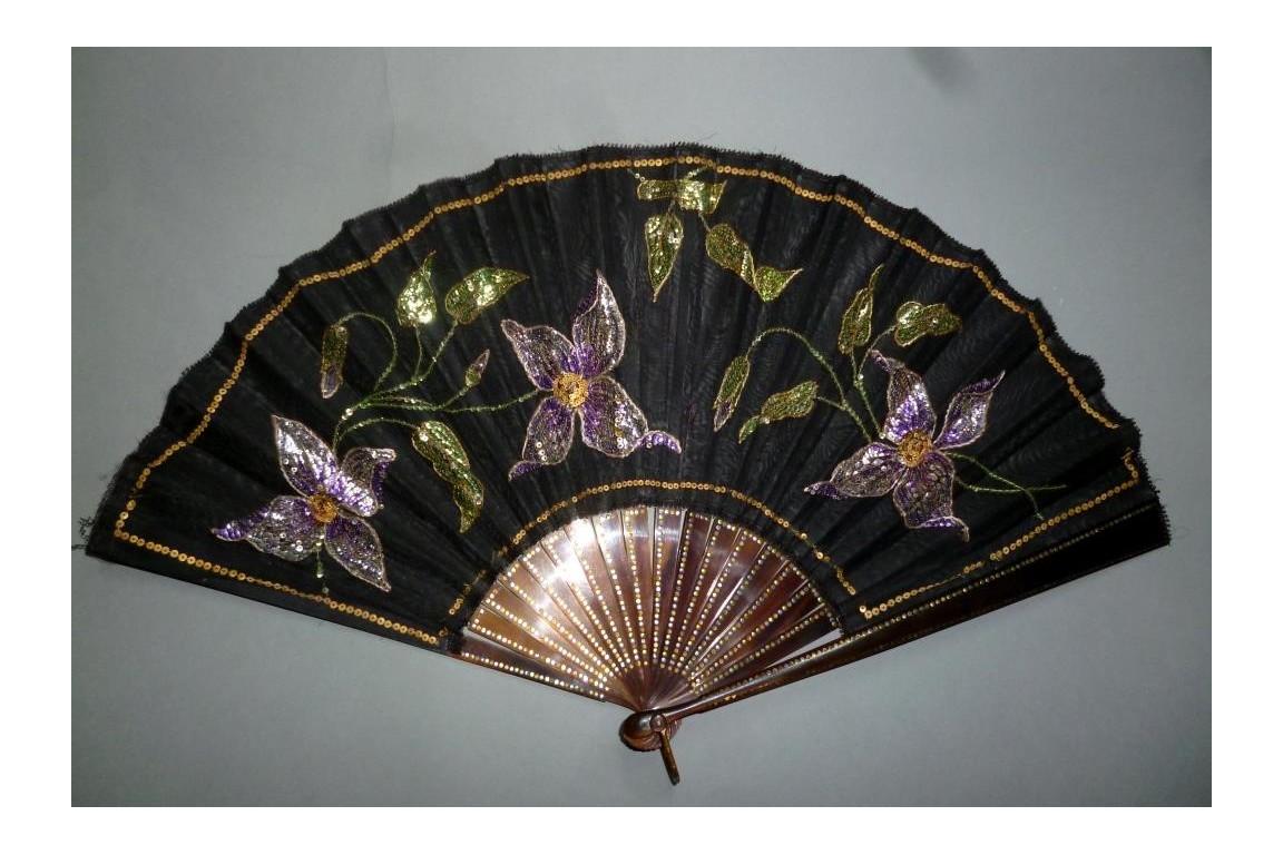 Clematis, Art Nouveau fan