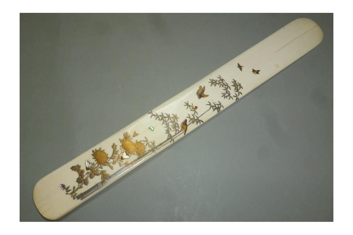 Coupe-papier en Shibayama, XIXème siècle