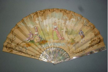 Marquise with fan, Duvelleroy fan, circa 1900