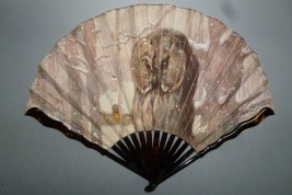 Owl in winter, fan by Thomasse, circa 1900-1910