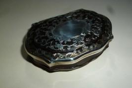 Tortoiseshell  and silver gilt snuffbox, 18th century