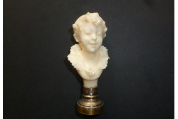 Belle enfant, cachet en ivoire, fin XIXème