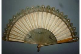 brisé and plié, fan circa 1900