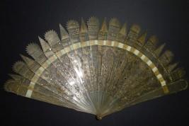 Pinnacles, fan circa 1825-30