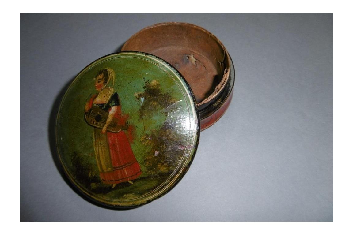 The hurdy-gurdy player, bergamot snuffbox, circa 1800