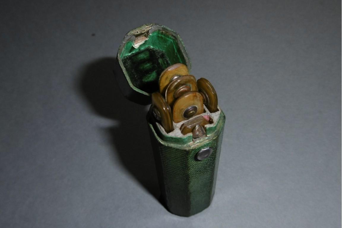 Travel bleeding kit, circa 1800