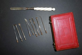 Kit to decalcify, early 19th century medicine