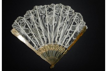 Luxeuil, éventail Art Nouveau