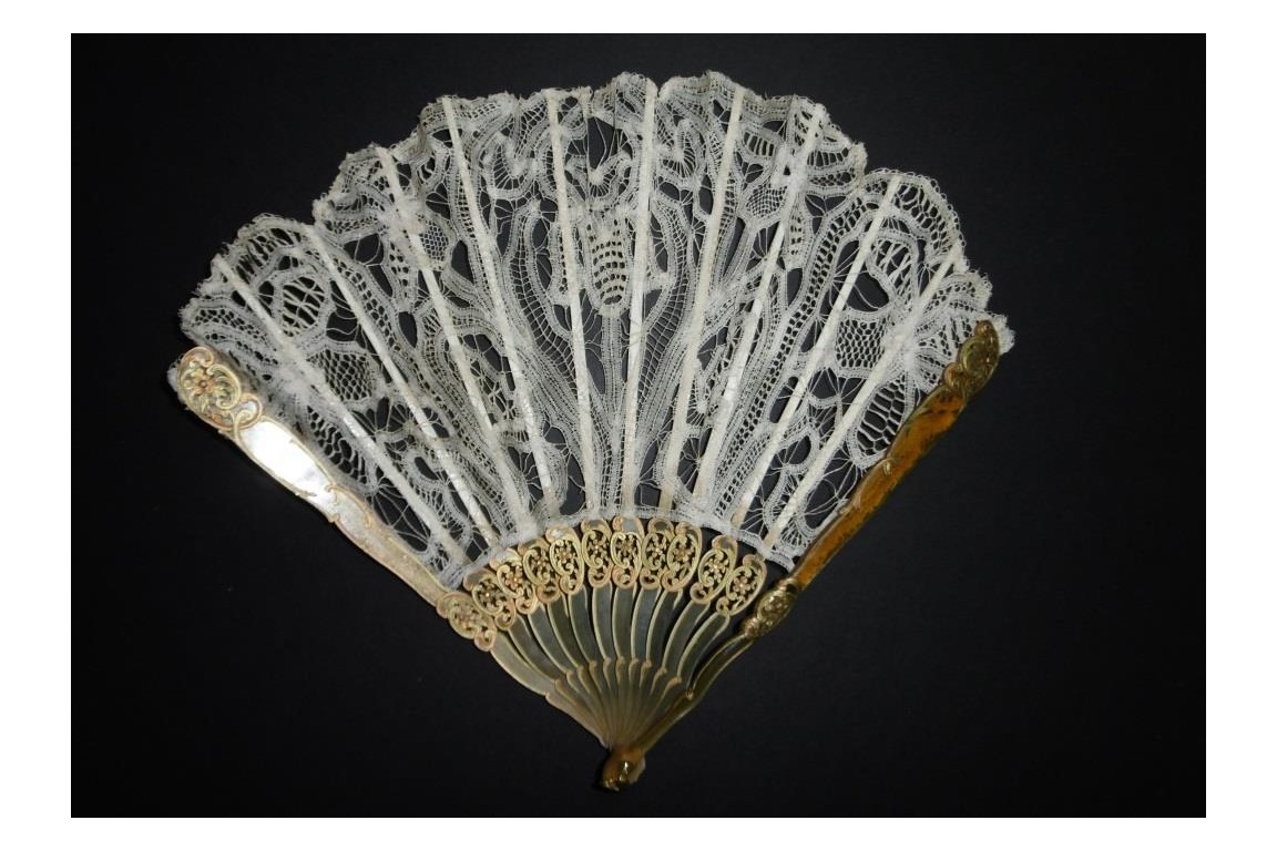 Luxeuil lace, Art Nouveau fan