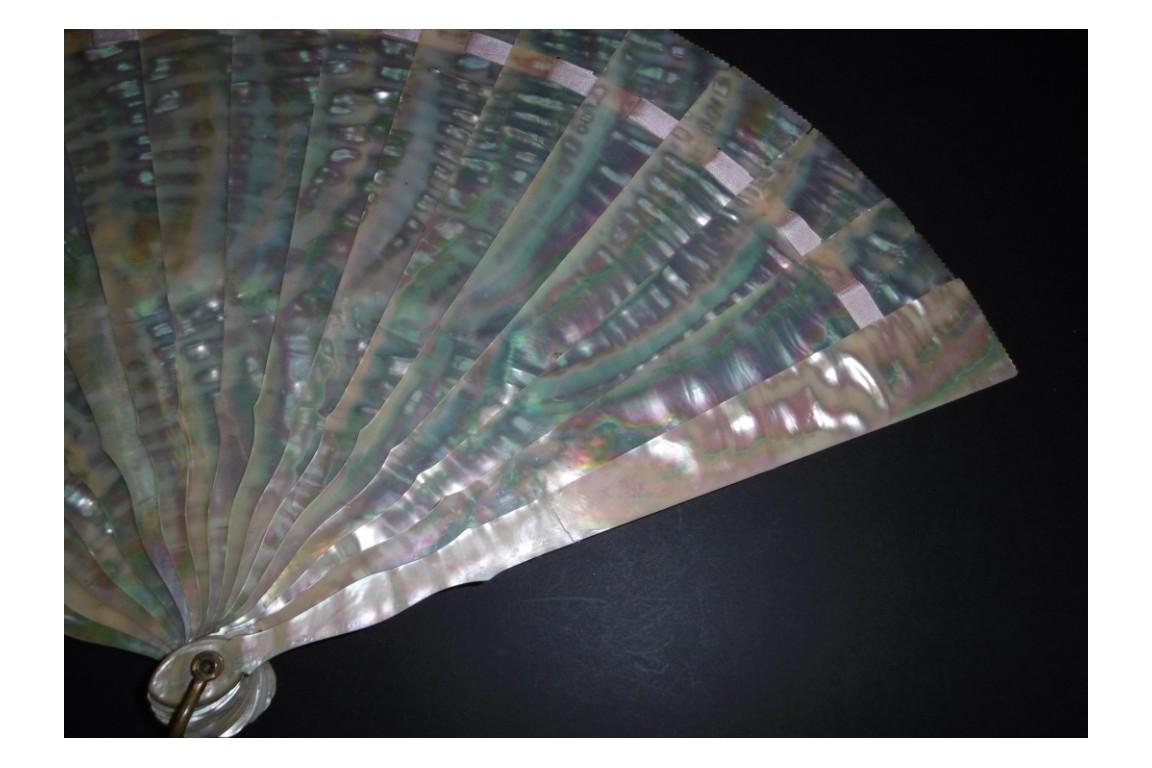 Reflets de l'océan, éventail vers 1900