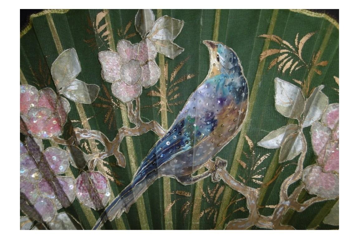 L'oiseau aux raisins, éventail Duvelleroy vers 1900