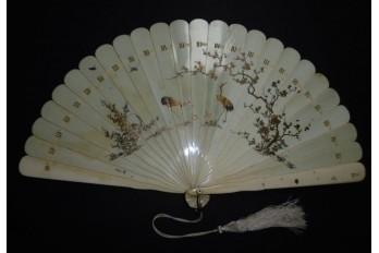 Fleurs et hérons, éventail japonais XIXème siècle