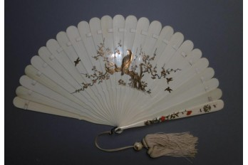 Poppies and wisteria, Japanese fan, 19th century